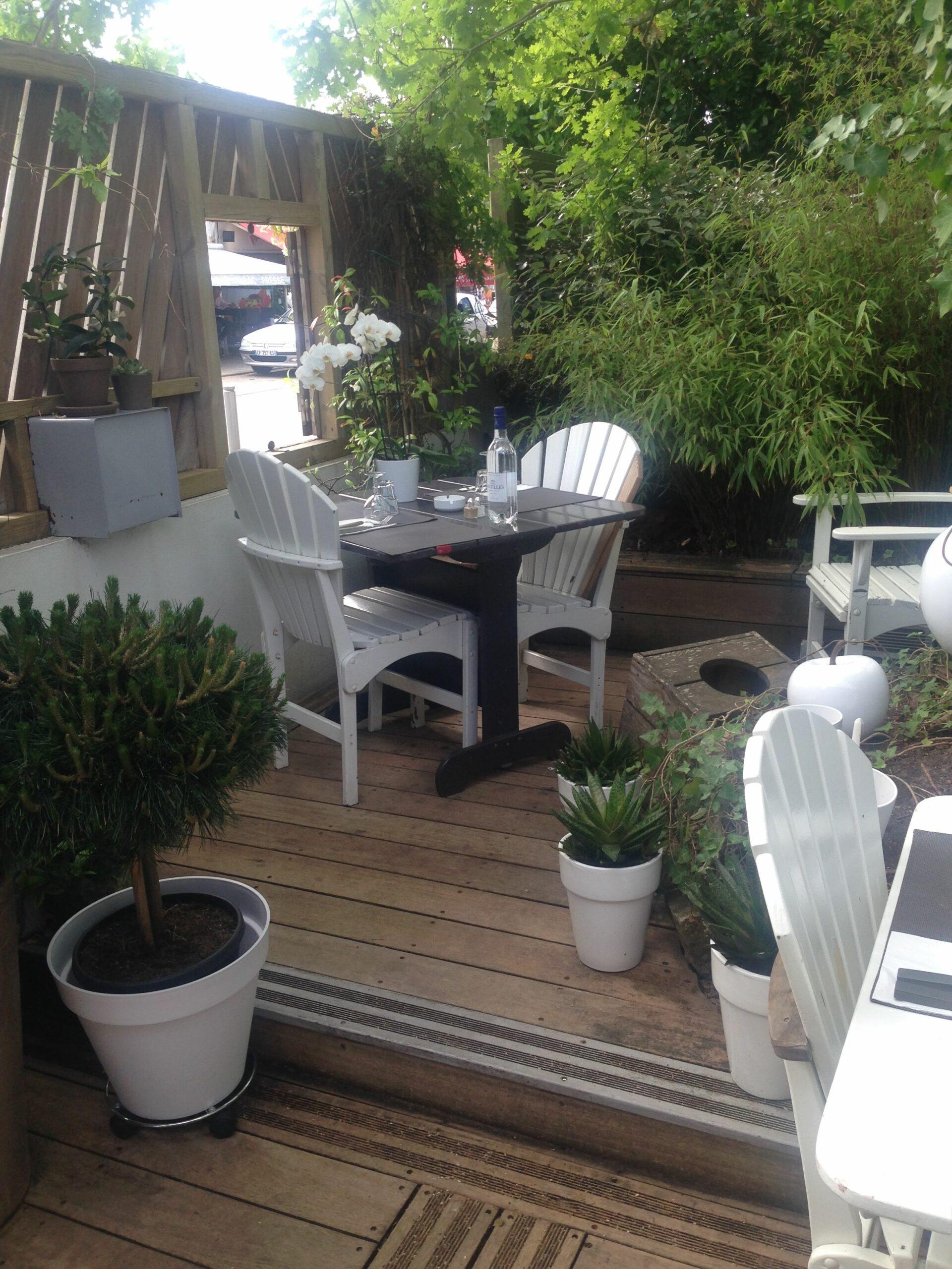 restaurant-aux-deux-chenes terrasse